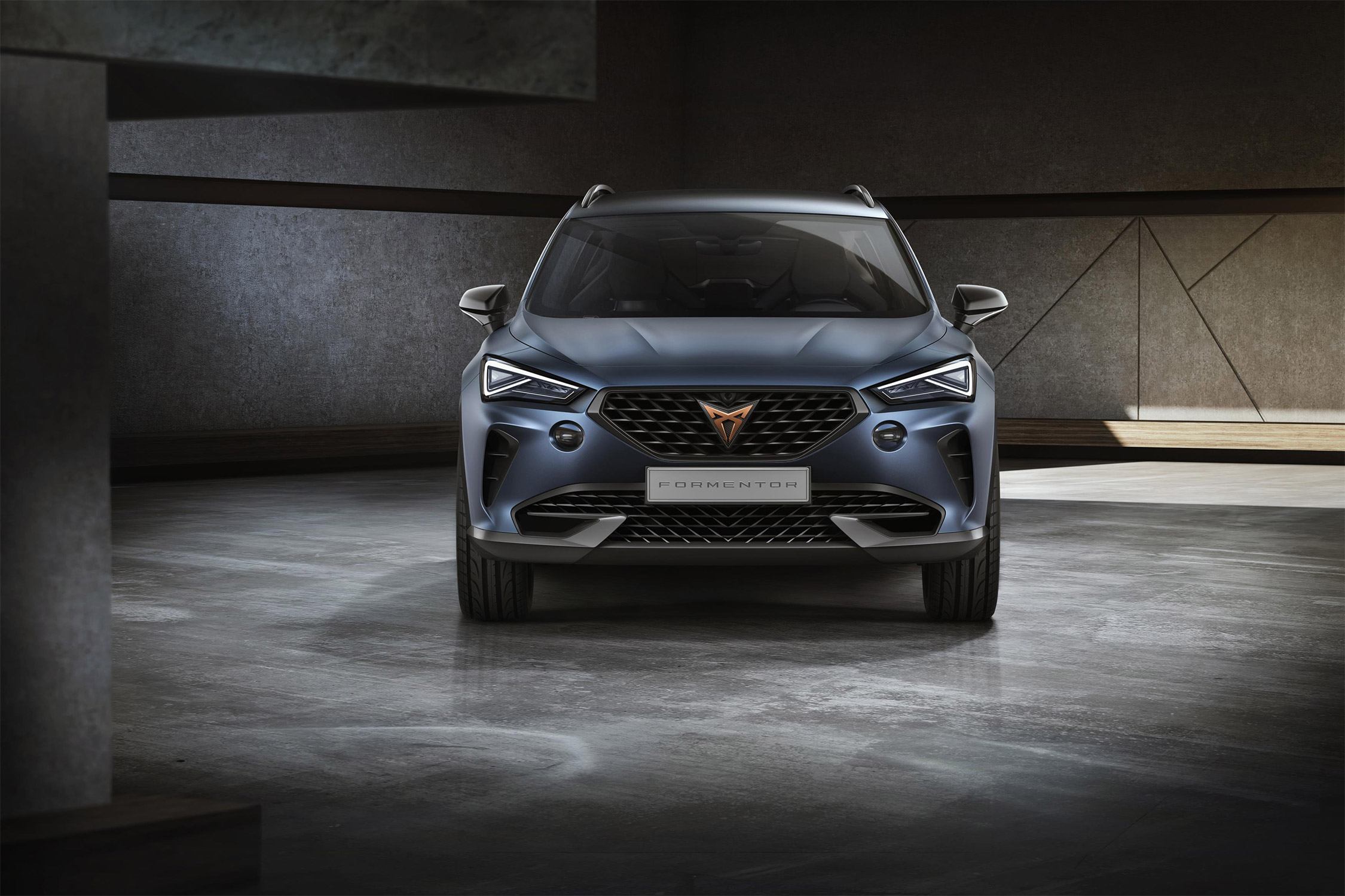 Un SUV hybride rechargeable pour Genève — Cupra Formentor